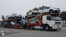 conjunto rodoviário porta carros Volvo