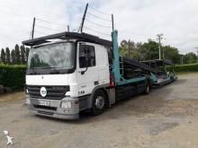 ansamblu cap tractor si semiremorca pentru transport autovehicule Mercedes