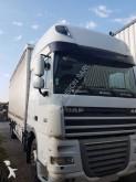 DAF XF105 460 tractor-trailer