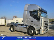 conjunto rodoviário Iveco Stralis AS440S46TP