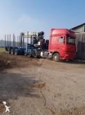 ansamblu cap tractor si semiremorca transport buşteni DAF