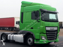 DAF XF 460 / SPACE CAB / EURO 6 / LOW DECK /MEGA tractor-trailer
