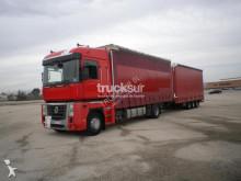 Renault tarp tractor-trailer