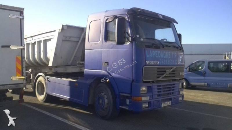 Conjunto rodoviário Volvo