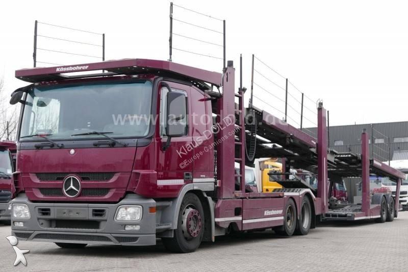 Voir les photos Ensemble routier Mercedes