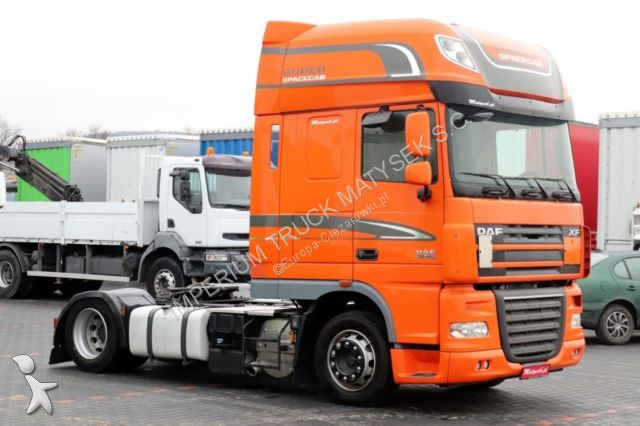 Ensemble routier DAF XF 105.460 / SUPER SPACE CAB / LOW DECK / EURO 5