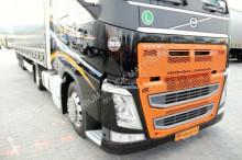 Просмотреть фотографии Сцепка Volvo FH 500 / XXL / X-LOW/MEGA/+ WIELTON MEGA