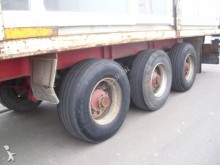 Fruehauf flatbed semi-trailer