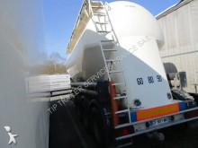 semirremolque cisterna gránulos / polvo usado