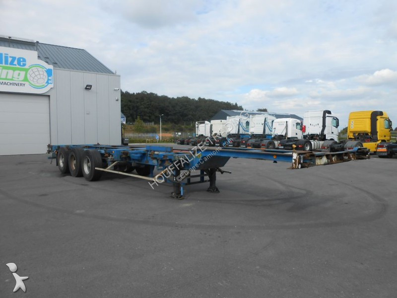 Fruehauf 20-30-40\' container semi-trailer
