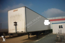 semiremorca furgon izolat General Trailers