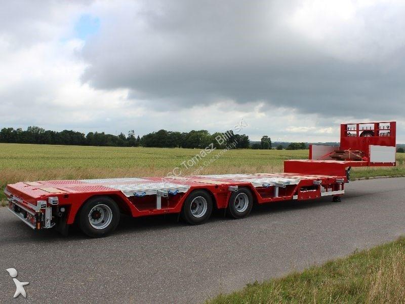 AMT Trailer UN300 semi-trailer