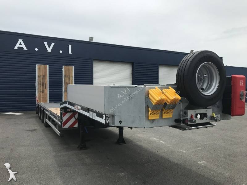 Semi remorque MAX Trailer MAX100 extensible table hydrau