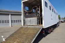 semi remorque van à chevaux Trailor