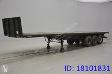 n/a Plateau 2 x 20 ft / 1 x 40 ft semi-trailer