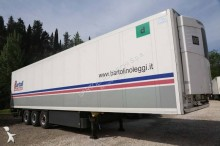 semirremolque Schmitz Cargobull Modello: Semirimorchio, Frigorifero, 3 assi, 13.60 m