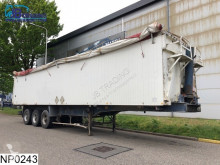 Fruehauf kipper 68 M3 semi-trailer