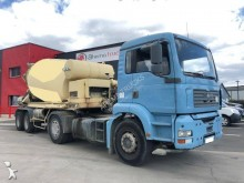 Liebherr concrete semi-trailer