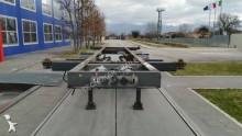Cardi container semi-trailer