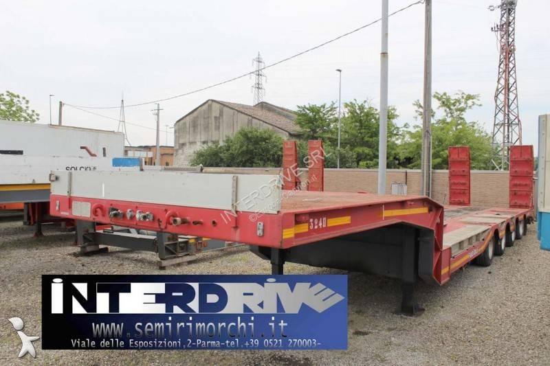 Vedeţi fotografiile Transport utilaje De Angelis semirimorchio carrellone 4assi buche usato