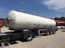 Maisonneuve semi-trailer
