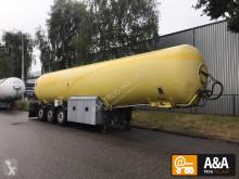 trailer tank chemicaliën onbekend