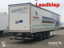 полуремарке Schmitz Cargobull Curtainsider Standard Ladebordwand Getränke