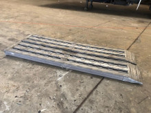 wyposażenie ciężarówek Nooteboom Aluminium Oprijplaten ( 302 x 55 x 10 ) 29 Ton