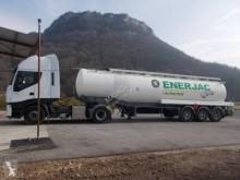 Fruehauf semi-trailer