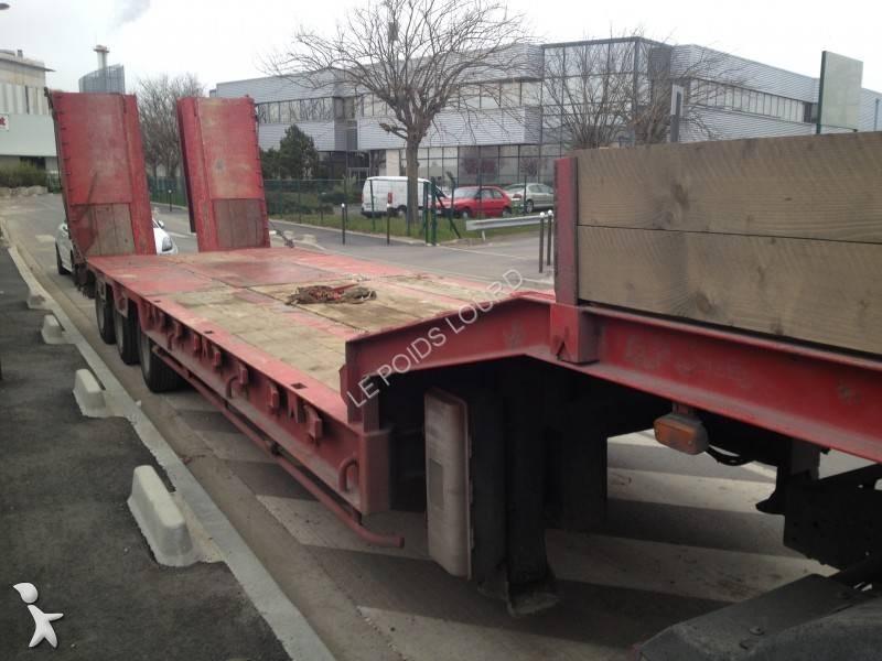 Semi remorque fournier porte engins 3 essieux ptc 34 for Porte engin 60 tonnes