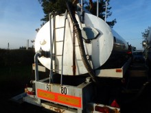 remolque cisterna de alquitrán usado