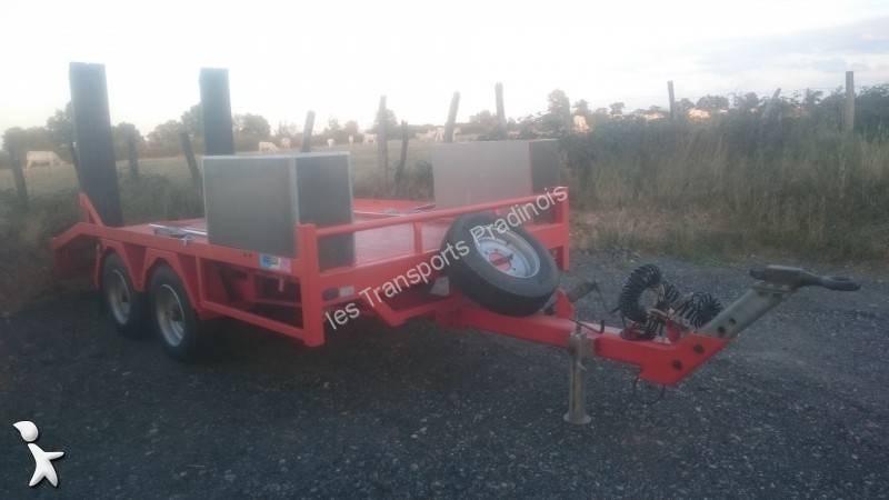 Remorque moiroud porte engins 8 tonnes 2 essieux occasion for Porte engin 60 tonnes