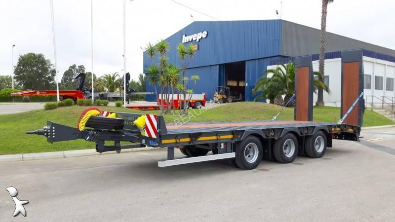 Transport utilaje Invepe 3 essieux centraux