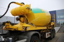 Liebherr concrete mixer trailer