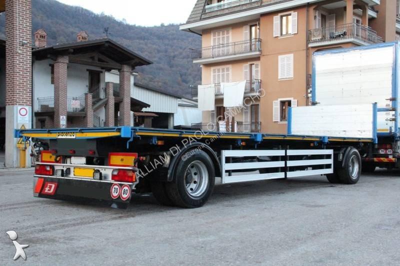 Vedere le foto Rimorchio Piacenza