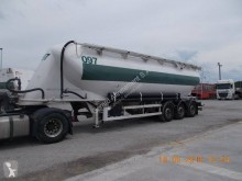 Spitzer powder tanker trailer