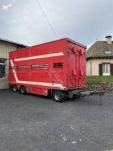reboque transporte de gados bovinos usado