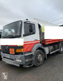 ensemble routier citerne Mercedes