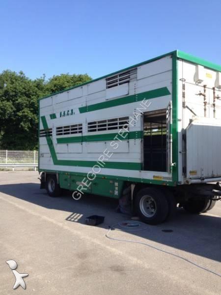 Rimorchio pezzaioli trasporto bestiame 2 assi usato n 872986 - Chi acquista mobili usati ...