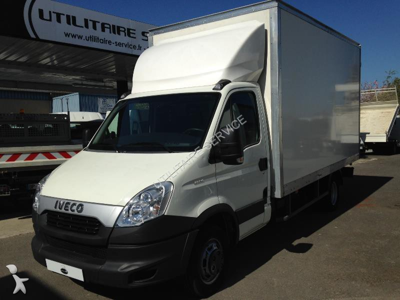 fourgon utilitaire iveco daily ccb 35c15l caisse 20 m3. Black Bedroom Furniture Sets. Home Design Ideas