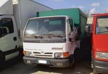 autres utilitaires Nissan