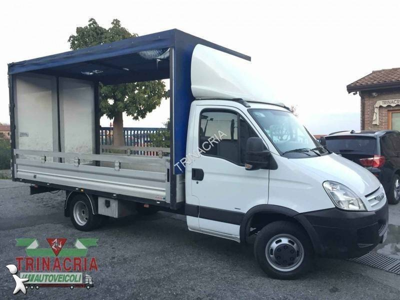 utilitaire savoyarde iveco daily 35c15 occasion n 1748111. Black Bedroom Furniture Sets. Home Design Ideas