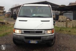 véhicule utilitaire Iveco 35C11A