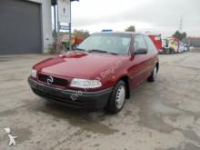 carro cupé Opel