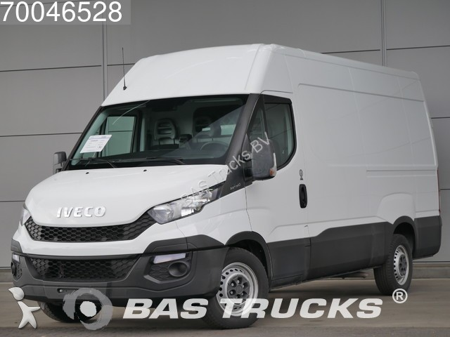 fourgon utilitaire iveco daily 35s15 2 3 hpi l2h2 12m3 klima climate cont occasion n 1807076. Black Bedroom Furniture Sets. Home Design Ideas