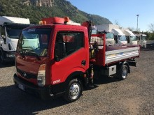 carrinha comercial basculante tri-basculante Nissan