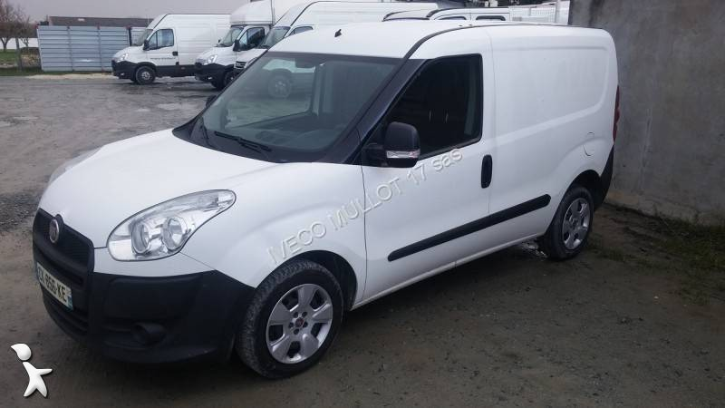 fourgon utilitaire fiat doblo cargo 1 3 mjt 4x2 occasion. Black Bedroom Furniture Sets. Home Design Ideas