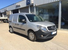 utilitaire magasin Mercedes