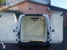 carrinha comercial frigorífica Nissan