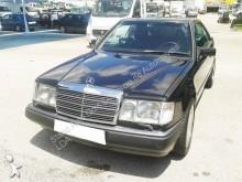 carro cupé Mercedes